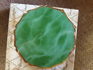 1950s VINTAGE Stratton Emerald Green & Brass Powder Compact