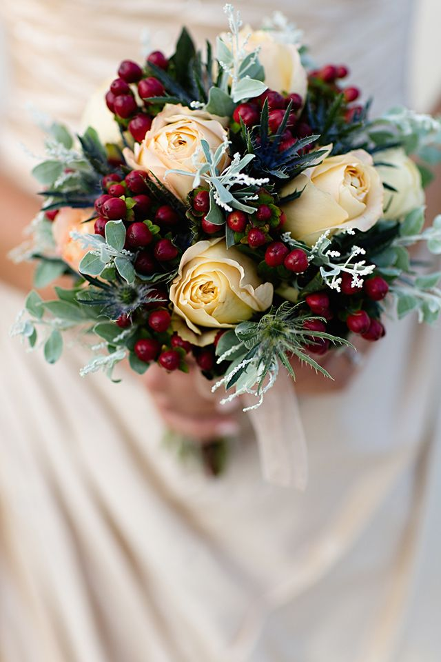 Beautiful Bridal 5 Incredibly Lovely Winter Bouquets