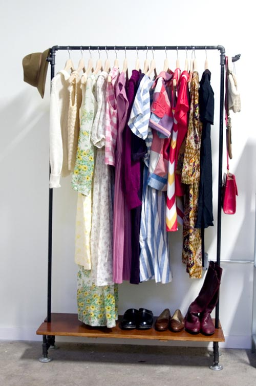 giá kim loại treo quần áo