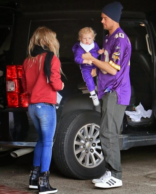 Trasero de Fergie junto a su pareja Josh Duhamel