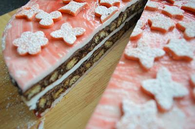 Chocolate Crunchy Fondant Cake