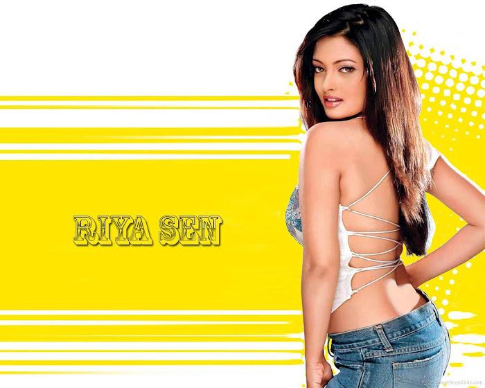 Riya Sen HD Wallpaper -01