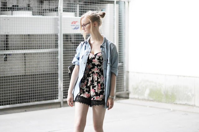 girly grunge look with top knot