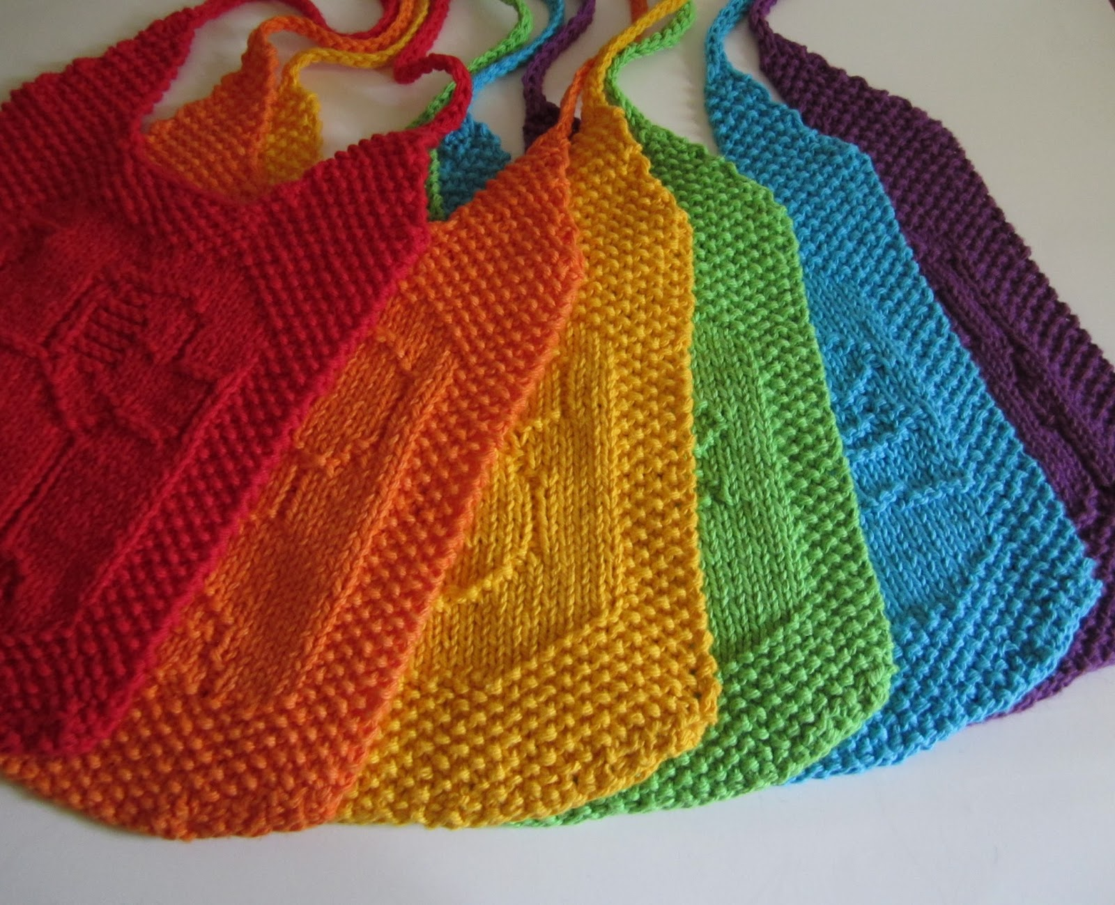 Infinity Scarf Free Knitting Patterns : Down Cloverlaine: Bibs, please?
