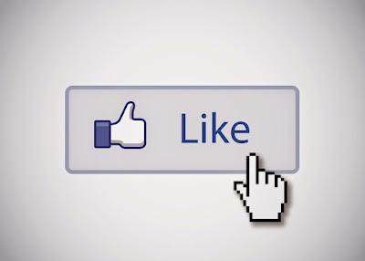 علامة اللايك على صفحات الفيس بوك
