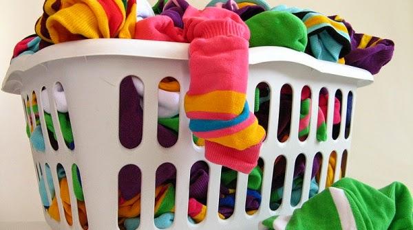 Tips Mencuci dan Merawat Kaos Kaki