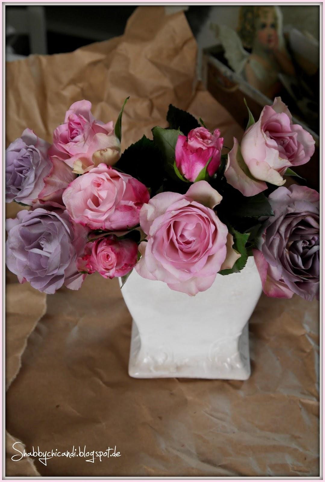 fliederfarbene Rosen zum Valentinstag