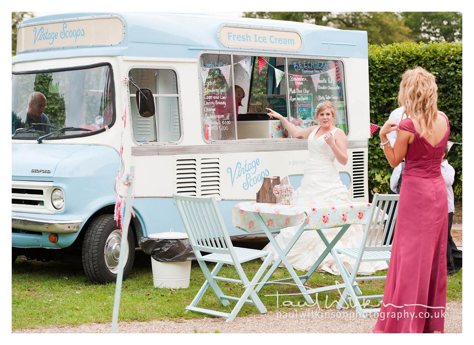 Vintage Scoops Is The Brainchild Of Mrs Who Owns Bettty Very Cool Retro Ice Cream Van
