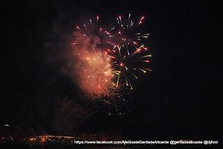 FOTO-FUEGOS-ARTIFICIALES-ALICANTE @gentedealicante 27