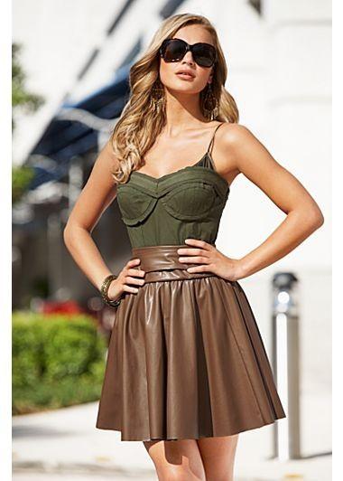 spódnica, skórzana spódnica, modna spódnica, street style spódnica, victoria beckham