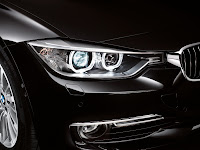 2013 BMW 3-Series 335i (F30) Exterior Detail HeadLamps