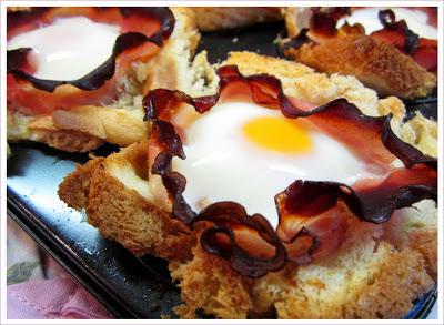 Toast mit Schinken und Ei