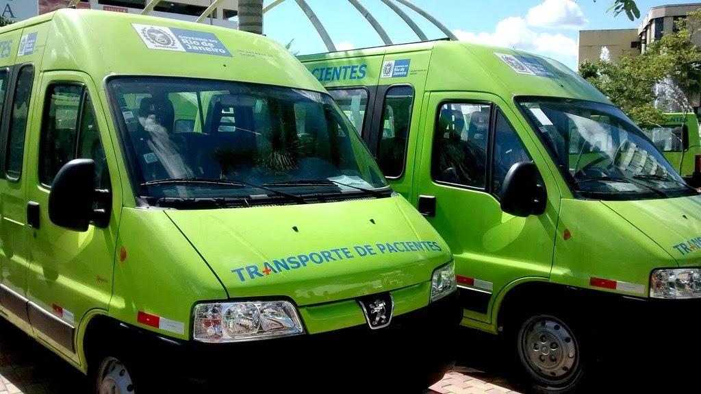 Já estão em Teresópolis as duas vans entregues pelo Governo Estadual nesta quinta-feira em solenidade realizada em Três Rios