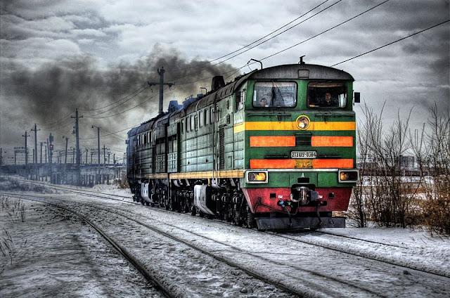 Gambar Kereta Api Lokomotif Diesel 01