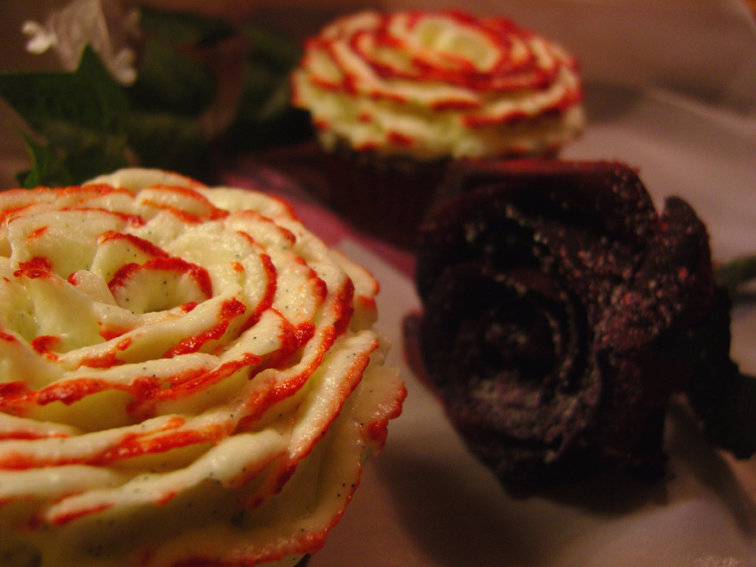 Red-Velvet-Cupcakes