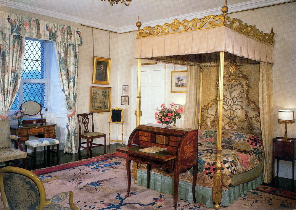 gallery for buckingham palace queens bedroom