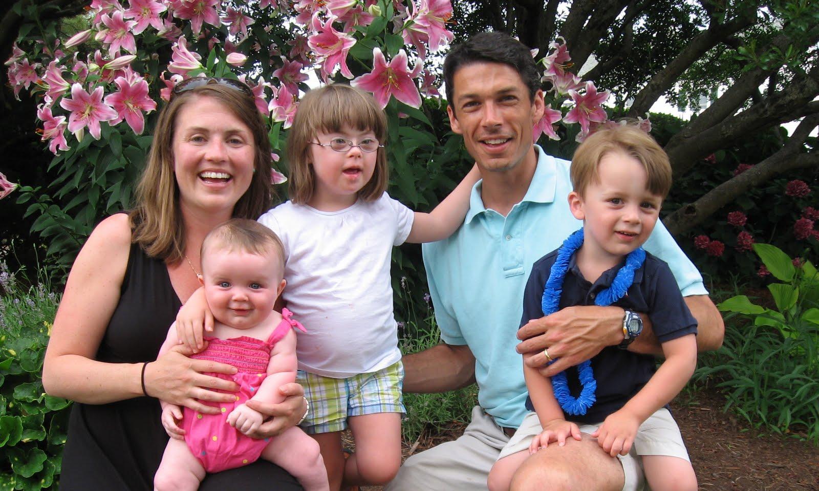 Фото с детьми даунами и их родители