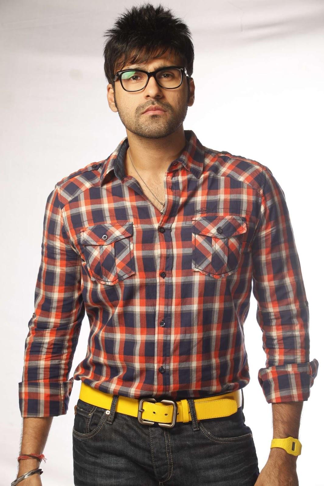hot gorgeous bold Mutham thara vaa movie hot stills