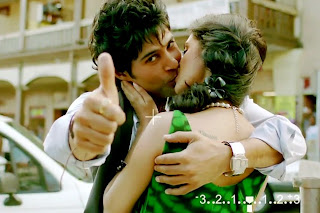 http://4.bp.blogspot.com/-3hlA0P_1U9o/UOWPDrmB6zI/AAAAAAAAGek/GF0qqKi9Ru8/s320/table-no-21-movie-stills-1-rajeev-khandelwal-tena-desae.jpg