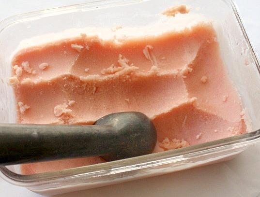 APPLE A DAY: Watermelon Frozen Yogurt