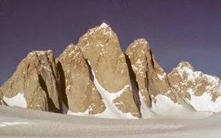 7 Gunung Terindah Di Dunia