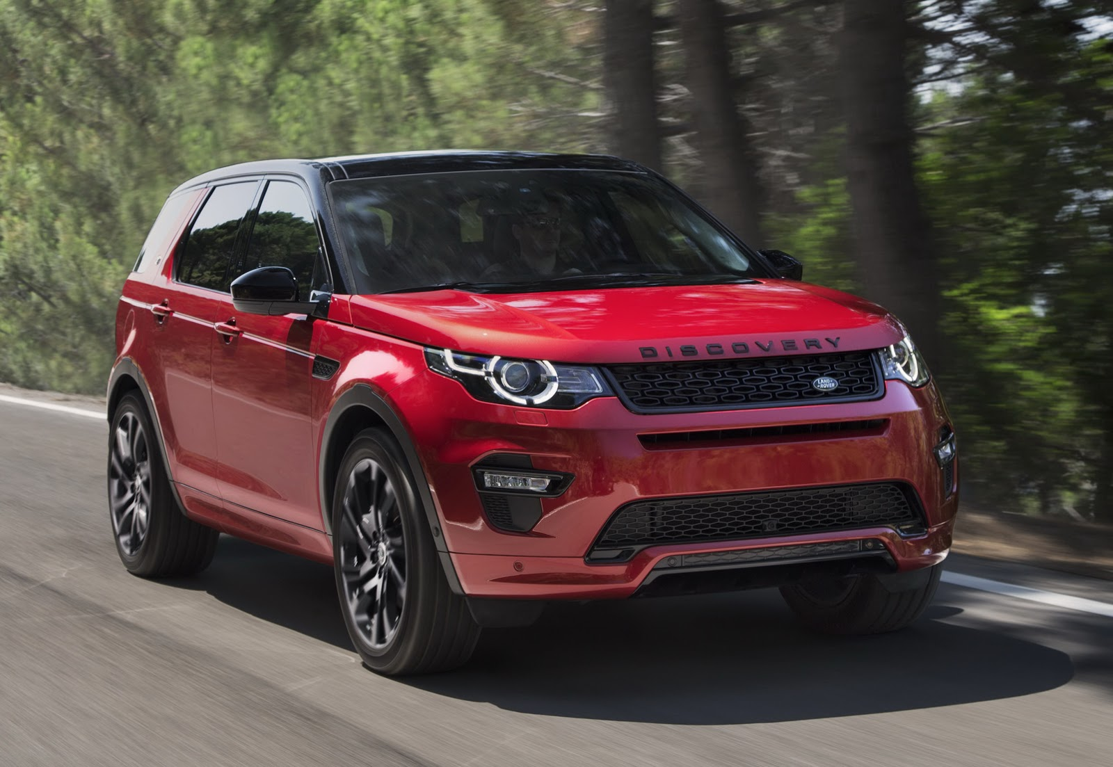 land rover discovery sport gets new hse dynamic lux for frankfurt carscoops. Black Bedroom Furniture Sets. Home Design Ideas