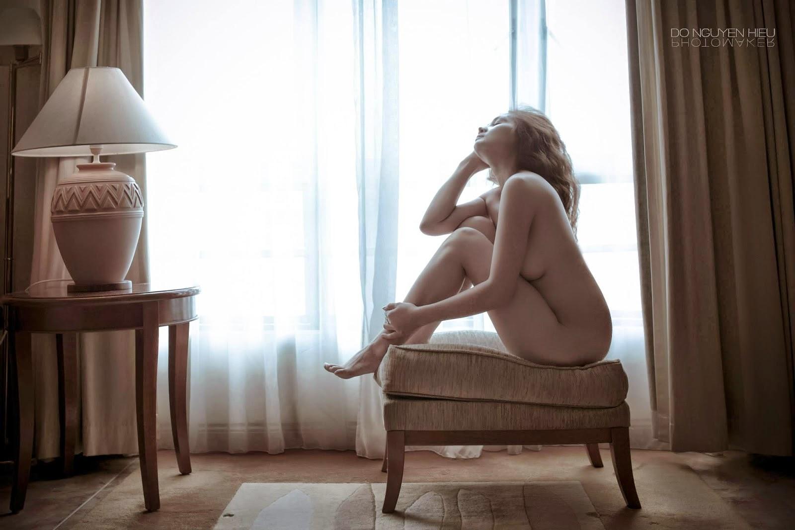 Những bức ảnh gợi cảm khỏa thân nõn nà Leina Tran