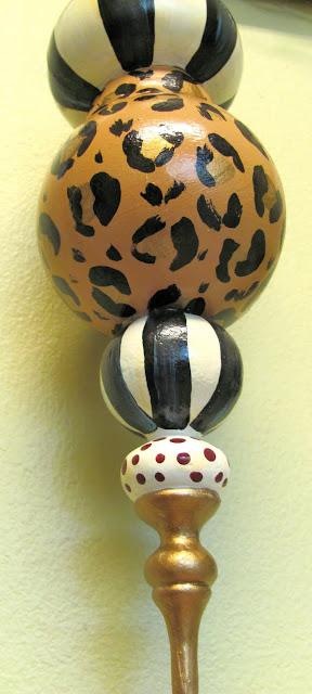 animal print leopard Christmas ornament finial shape