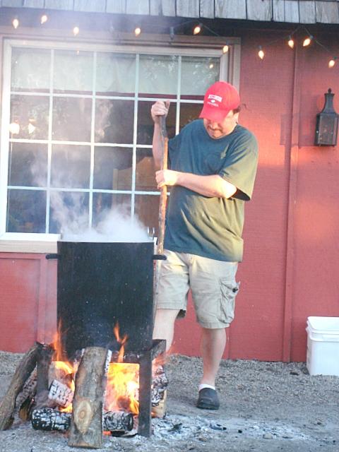 Louise sanchez herbs crafts gifts fish boil in door for Door county fish boil