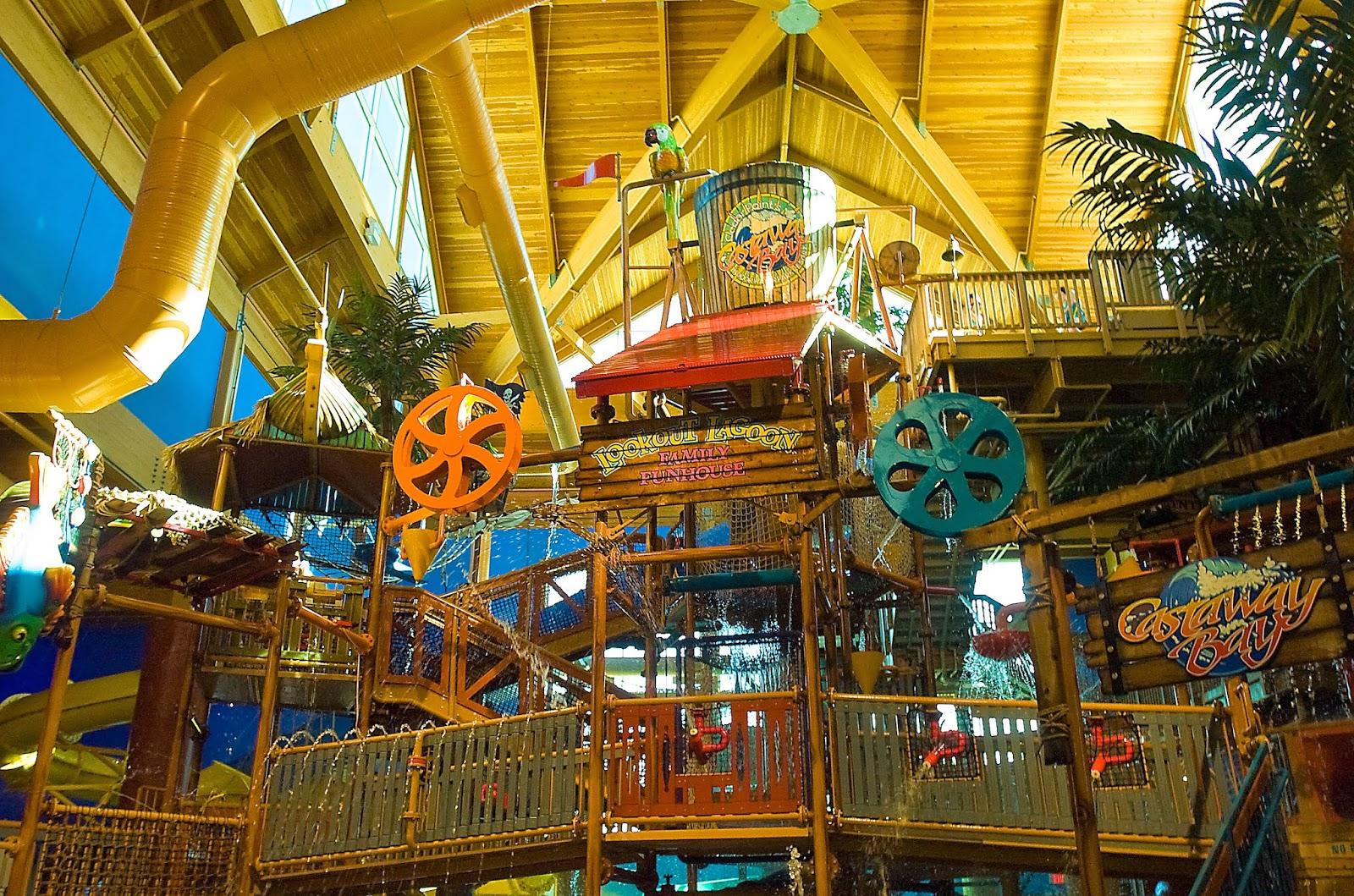 Castaway Bay Indoor Waterpark