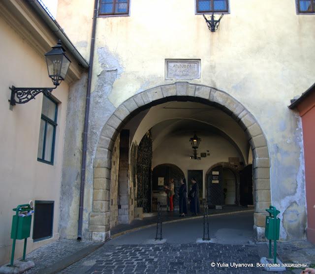 Часовня в городских воротах в Верхнем граде Загреба