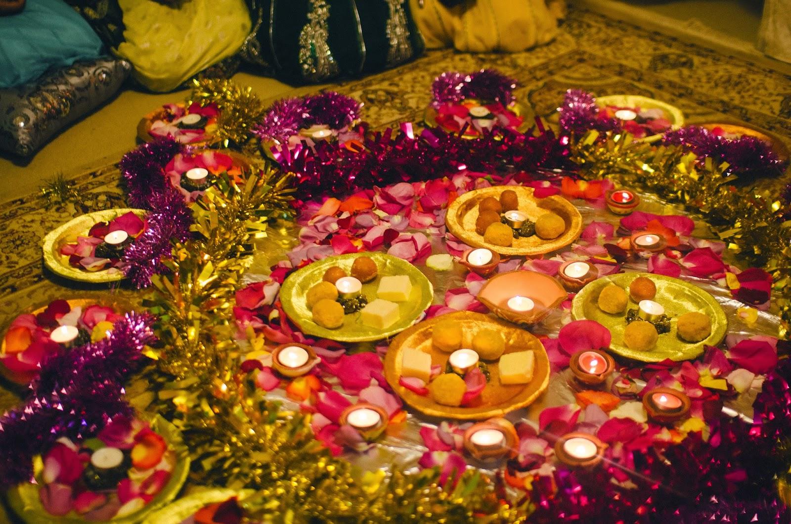 Mehndi Plates Images : Pakistani pre wedding festivities mehndi the law student diary