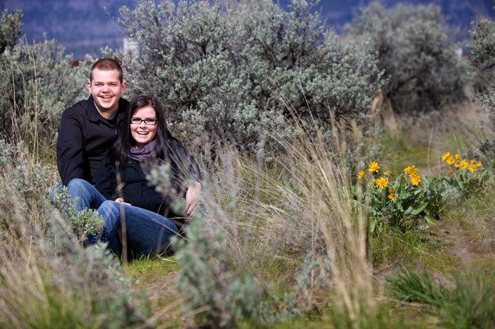 Knox Mountain Engagement Session