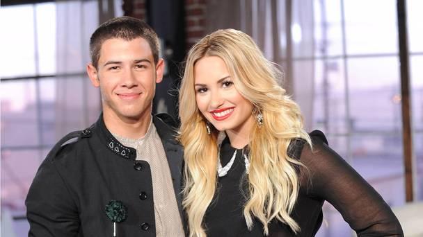Demi Lovato y Nick Jonas cantarán en los American Music Awards 2015.