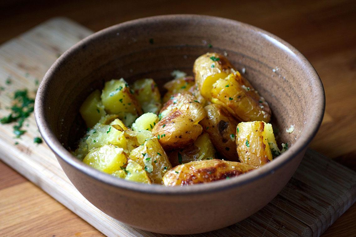 Elma's Kitchen: Parmesan Gremolata Smashed Potatoes