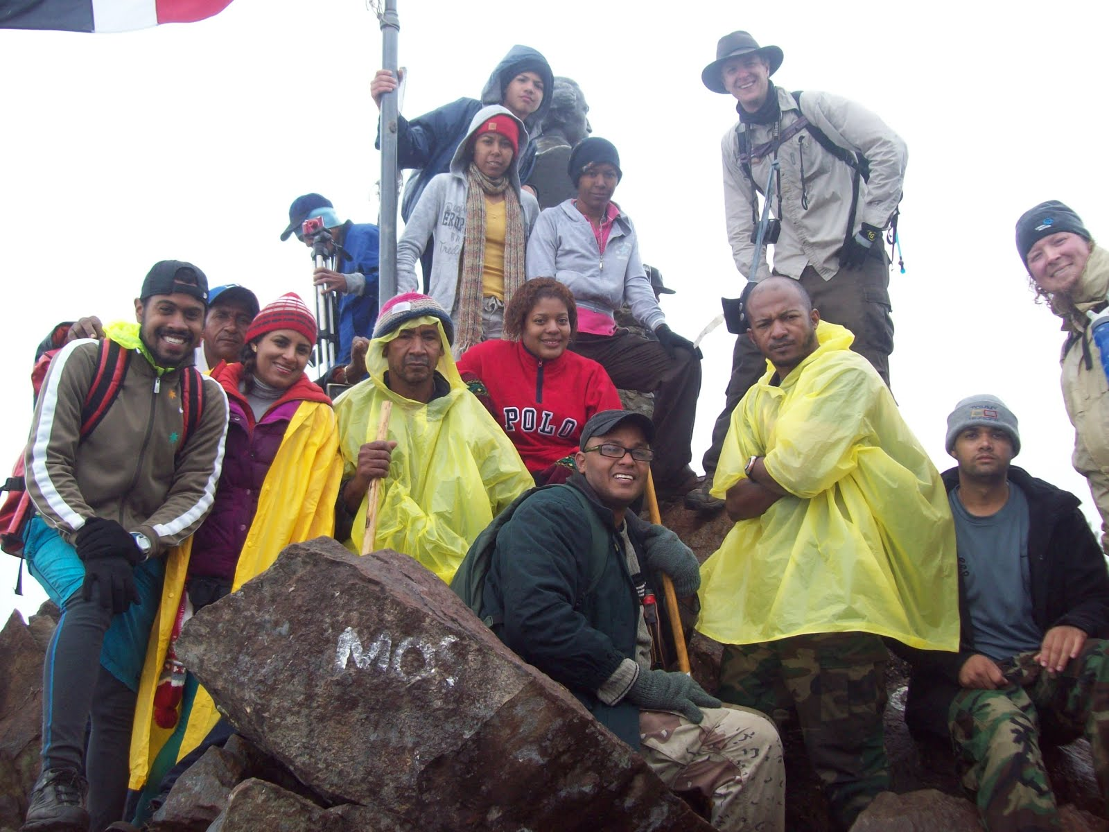 En la cima más alta de las Antillas elpico Duarte.