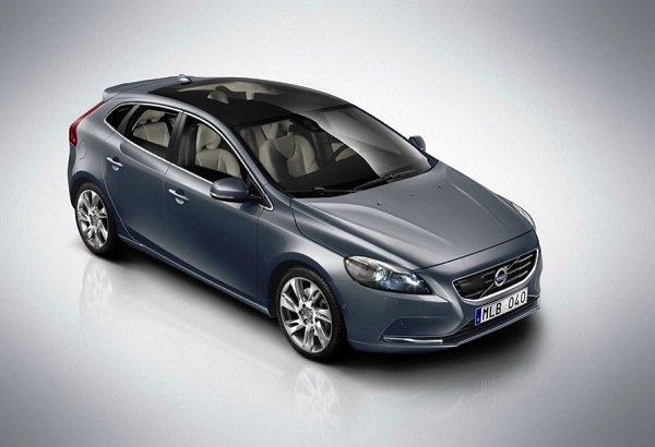 Picture 2013 New Volvo V40 hatchback sunroof