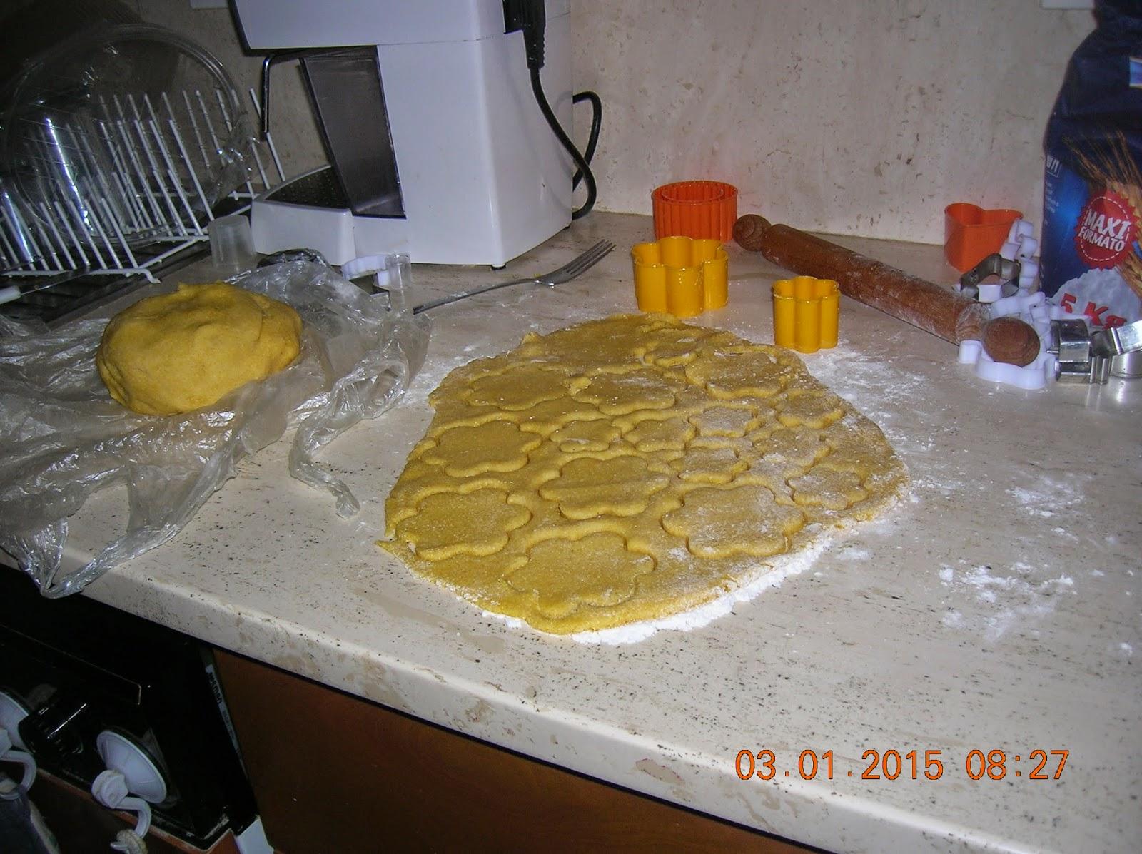 ciambelline e biscotti rustici  con farina di mais  bramata- ciambelline sarde