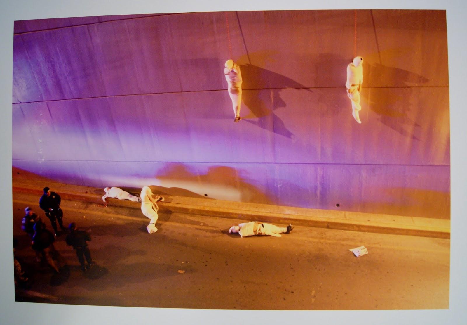 World Press Photo Contest Exhibit in Toronto, Photography, Art, Artmatters, culture, global, ontario, canada, the purple scarf, melanieps, brookfield place, allan lambert galleria, Police, cartel, executions, mexico, third prize, contemporary issues singles, christopher vanegas, bodies, la vanguardia, el guardian, saltillo, coahuila