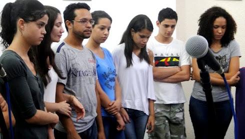 Jovens da Comunidade São Pedro Apóstolo