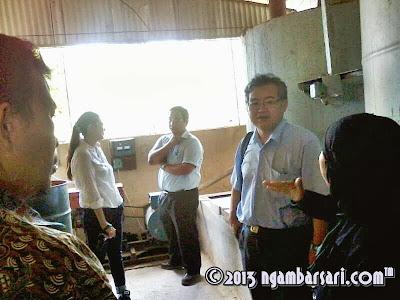 Rombongan Sorgum di dalam Pabrik Etanol