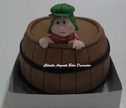 Mini bolo do Chaves 10cm de diâmetro. Postado por Cláudia Augusta Cake .