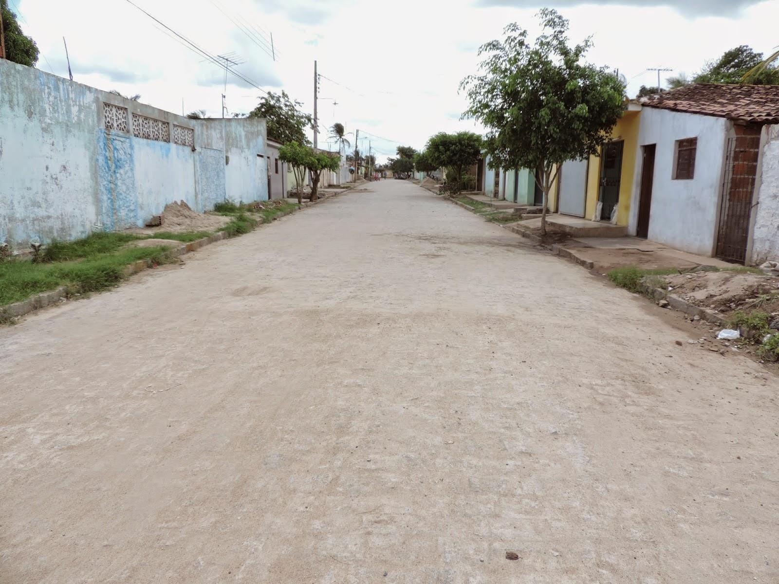 Prefeitura Municipal de Mari finaliza calçamento da Rua Getúlio Vargas no Bairro Vermelho