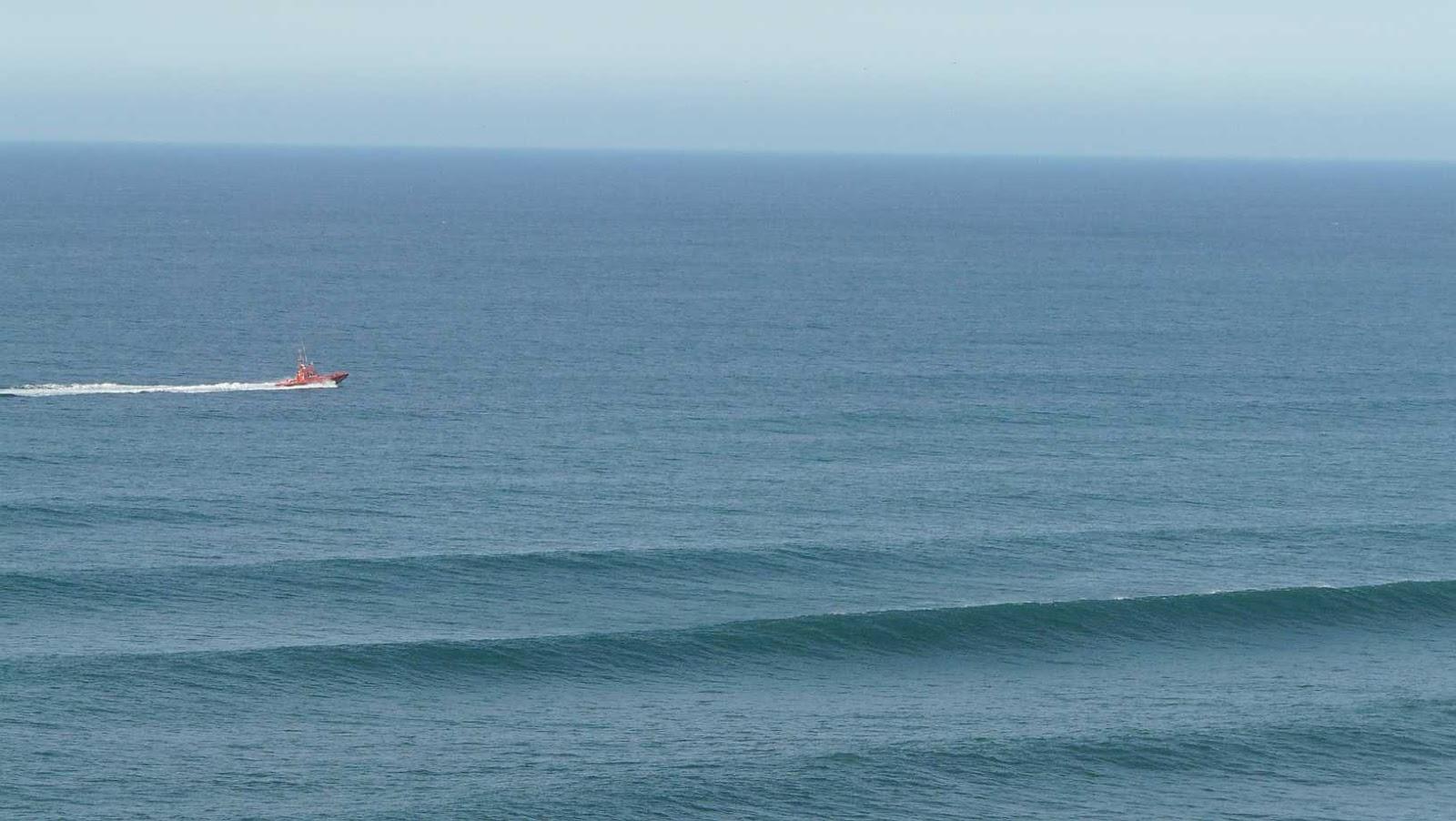 surf olas grandes menakoz