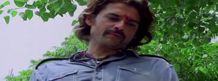 Screen Shot Of Hollywood Movie Hero The Action Man (Bejawada) In Hindi Telugu Full Movie Free Download And Watch Online at worldfree4u.com