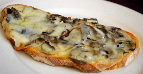 Cheesy Mushroom Toast with Pepper and Herbs