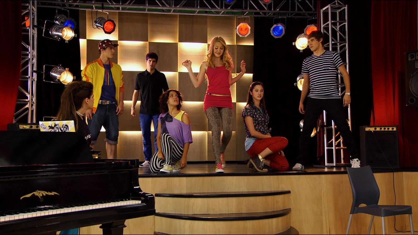 ♫ Violetta Disney Channel ♫ - lovevioletta.pinger.pl