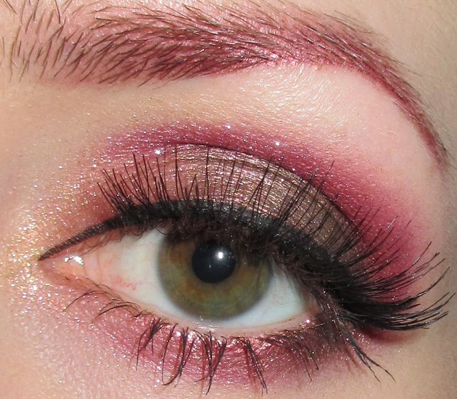 http://themoonmaiden-blix.blogspot.com/2014/11/pink-and-bronze-eye-makeup-look.html