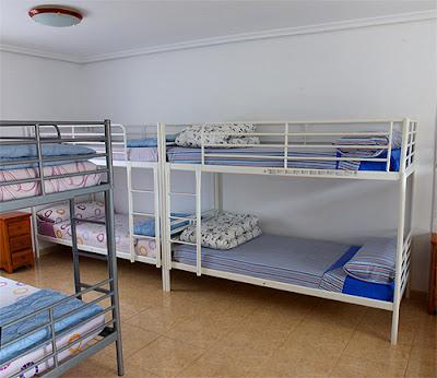 Una de las habitaciones del albergue Piedad.