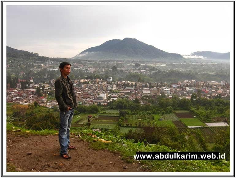 Pemandangan Berastagi dari Bukit Gundaling